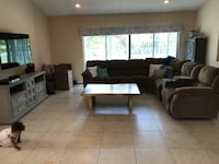 Living room/ sectional