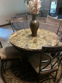 Granite table with chairs Anniston, 36206
