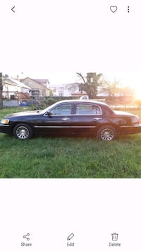 Lincoln - Town Car - 2000 Oxon Hill, 20745