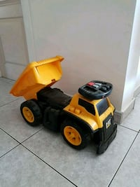 Ride on dump truck Laval