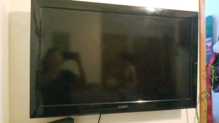 Coby 40 inches tv Used for sale in Queens - letgo