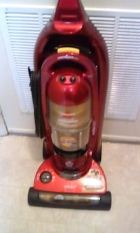 Bissell vacuum cleaner works well red negotiable p