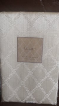 "Tablecloth -  70"" x 86"" Oblong , Ivory"