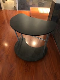 round black wooden side table Saint Peters, 63376