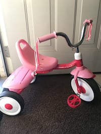 Pink tricycle Bakersfield, 93301