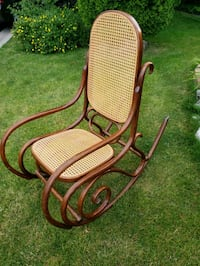 Antique wood and wicker rocking chair Milton