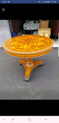 Maitland Smith hand made 42 inch table Chantilly, 20152