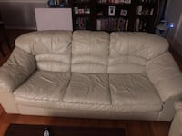 Couch and Love Seat Olney, 20832