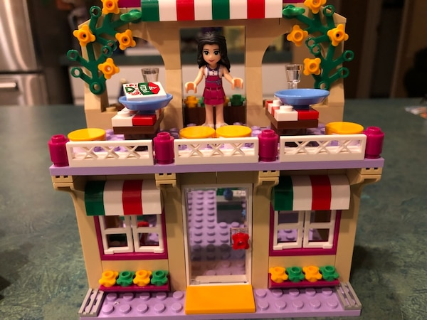 μεταχειρισμένο Lego Friends Heartlake Pizzeria 41311 Toy For 6 12