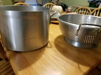 two stainless steel cooking pots Haverhill, 01835