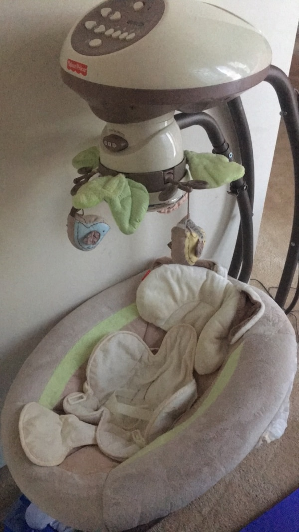 Baby's gray and green cradle and swing 4519bab1-c175-412c-8195-e7341a7dd747