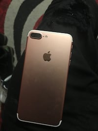 rose gold iPhone 7 Plus New York, 11206