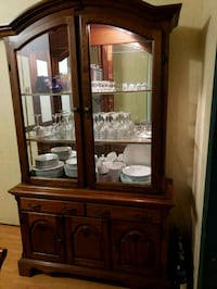 China cabinet $150 OBO St. Catharines, L2R 1H8