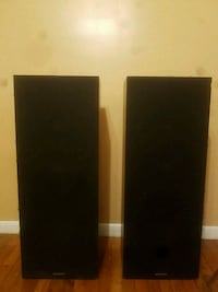 Magnavox black and brown speakers Sevierville, 37863