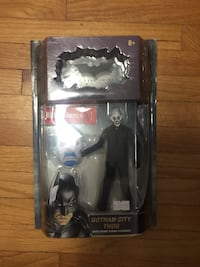Two batman the dark knight movie figure packages Calgary, T2A 3R3