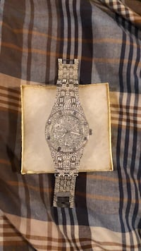 Replica iced out watch with extra links and box  Hamilton, L0R 1H1