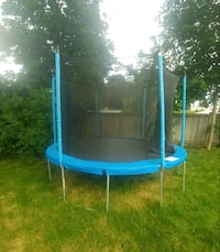 12 ft Trampoline with net - Must Go!