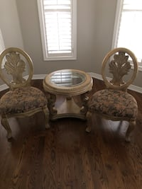 End Table & Chairs