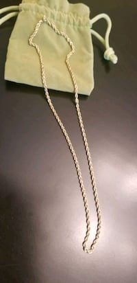 10kt gold necklace  Laytonsville, 20882