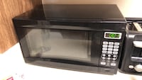 black and gray microwave oven Oxnard, 93036