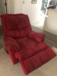 Functional recliner chair, microfiber good condition  Haines City, 33837