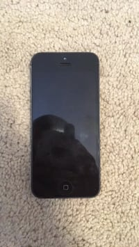 black iPhone 5 with case Tampa, 33543