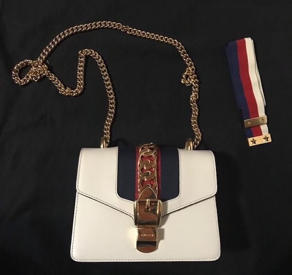 93e421a7850 Used Authentic Gucci Sylvie Leather Mini Chain Bag for sale in Burnaby