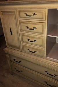 bedroom set,mirrored dresser nightstand and chest just reduced $100