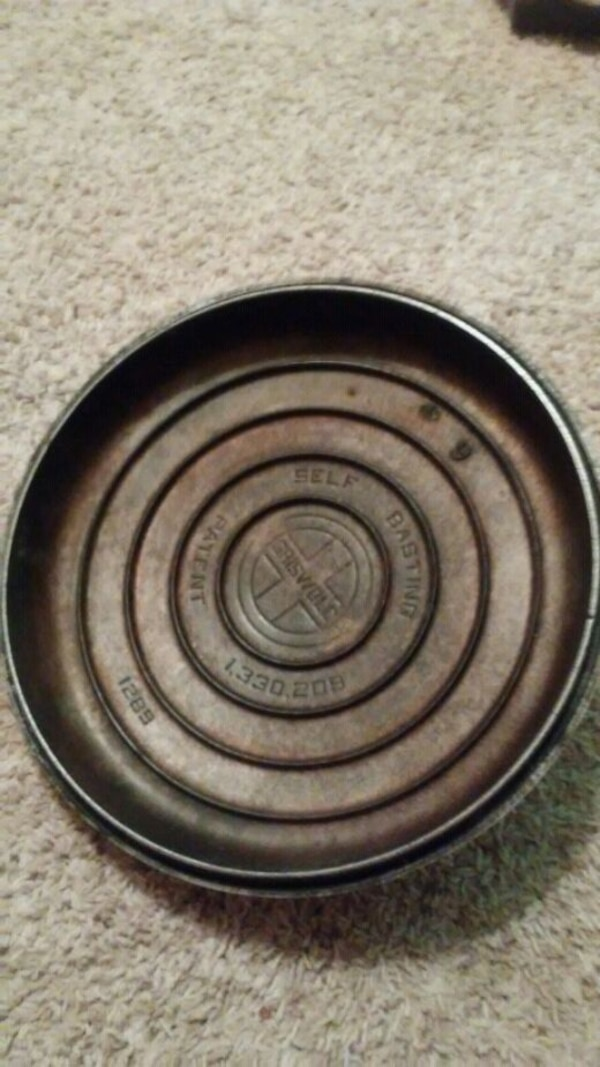 #9 self basting GRISWOLD. LID (only)