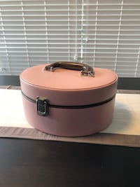 Wolf Designs Leather Jewelry Box Toronto, M2M 4J2