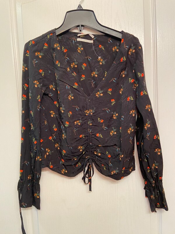 Beautiful flower shirt from Urban Outfitters 4b77b841-bf1c-41ac-be02-3e8fe9a6ab1d