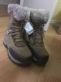 Woods womens boots Calgary, T2Y 1A4