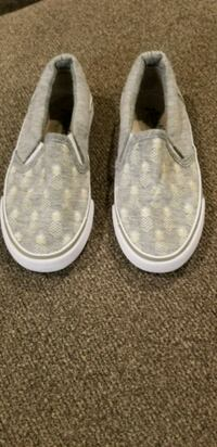 Little Girls size 12 Pineapple shoes College Station, 77845