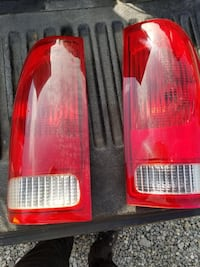 Ford F-250 2005 Taillights Temple Hills, 20748