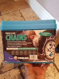 Truck & SUV chains container