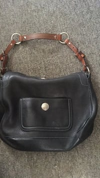 coach purse  Colchester, 05446