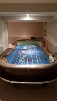 Full size craps table Ontario, L4J 2N8