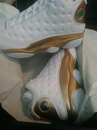 Size 11 never worn shoes Evansville