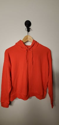 Uniqlo Women`s hoodie Size S New Westminster
