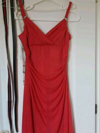 Magenta dress size 4 and 8 Montreal, H2G
