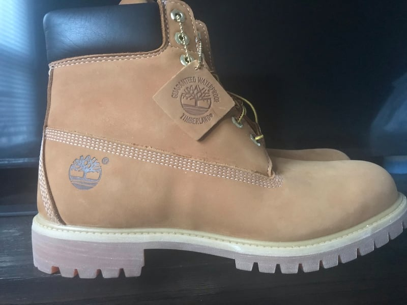 Selling DS Timberlands size 11 45b82116-f12c-45ab-8783-cca4a05ba031