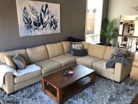 Large Sectional couch Mississauga, L5L 1P9
