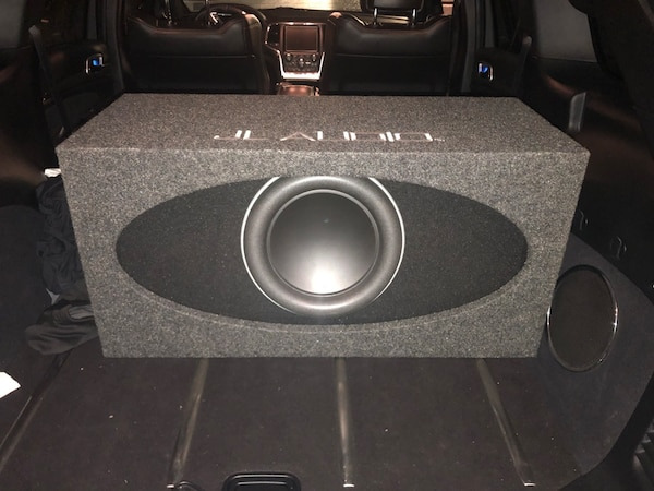 Special anniversary JL Audio 12 and Jl 1000 watt amp and capacitor