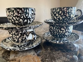 Beautiful Tea cups with plates