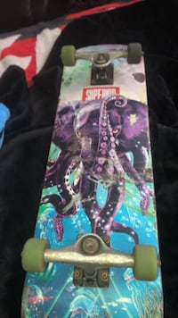 Superior skate bored with independent trucks and 3 green hard wheels and 1 black hard wheel  Kitchener, N2A 1V7