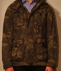 Brown and green camouflage jacket a&f s ベクスリー, 43209