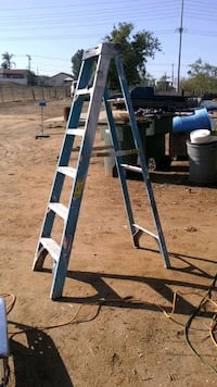 blue and gray metal ladder Norco, 92860
