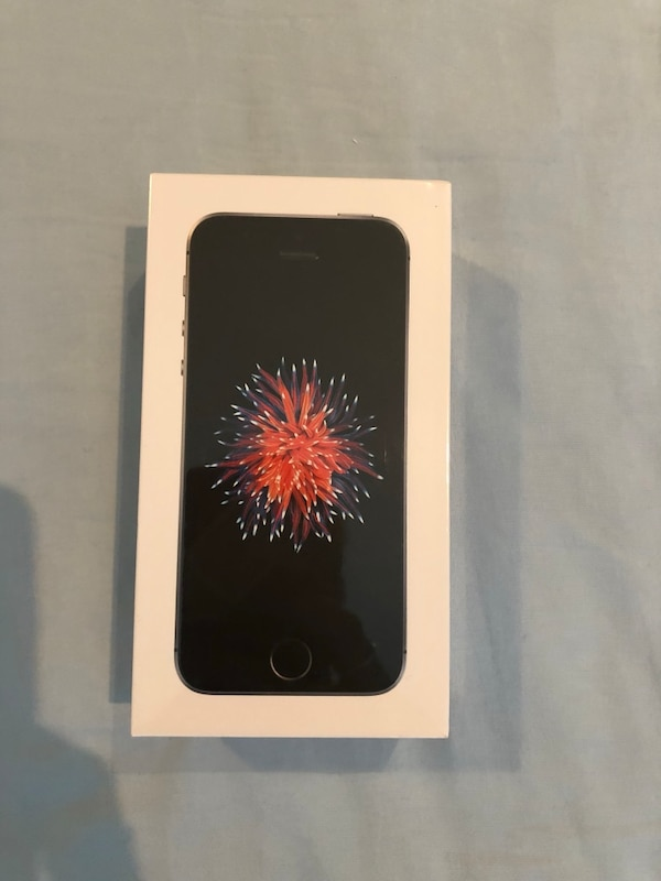 iPhone SE 128giga new