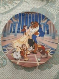 Disney Beauty and the Beast plate. Whitby, L1P 1A1