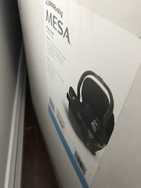 Baby car seat for sale. I only opened the box but never used it Toronto, M6M